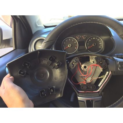 airbag-polo-gol-capa-reparo-buzina-tampa-acionador-vw-g5-g6-D_NQ_NP_888606-MLB42663857013_072020-F