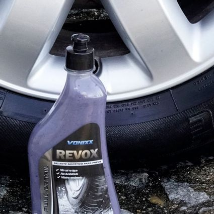 revox-selante-pneu-pretinho-vonixx-500ml-resistente-agua-D_NQ_NP_628346-MLB43158114271_082020-F